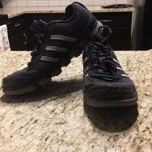 Adidas non-marking athletic shoes